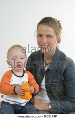 Mother and baby boy with harelip - Stock Image