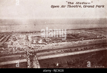 Aerial view of 'The Stadium' Open Air Theatre, Grand (Grant) Park, Chicago, Illinois, USA. - Stock Image