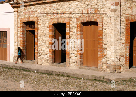 Corner store in the 19th century mining town of Mineral de Pozos, Guanajuato state, Mexico - Stock Image