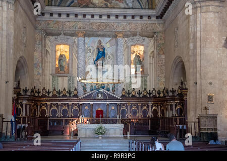 Interior of the Havana Cathedral (Cathedral de San Cristobal) in Plaza de la Catedral on Calle Empedrado, between San Ignacio y Mercaderes, Habana Vie - Stock Image