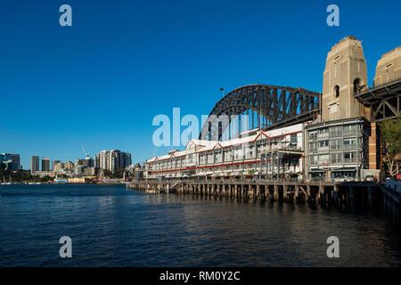 Waterside Sydney dwellings. - Stock Image