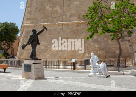 Sculptures and city scenes in the UNESCO World Heritage site of Valletta, Malta - Stock Image