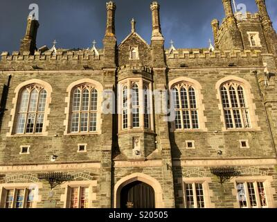 Tavistock Town Hall, commissioned by the seventh Duke of Bedford, opened 1864, designed by Edward Rundle in the Late Perpendicular Gothic style. - Stock Image