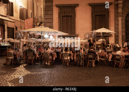 Outdoor eating, Rome, Italy - Stock Image