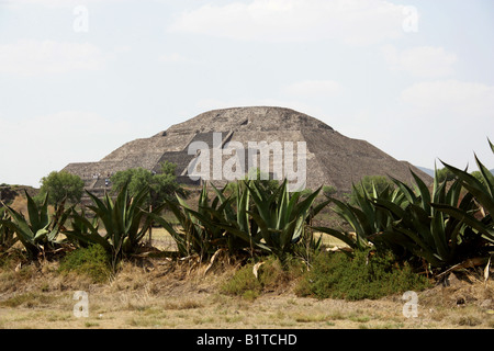 The Pyramid of the Moon, Teotihuacan, Mexico World Heritage Site. - Stock Image