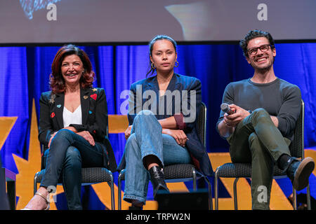 Bonn, Germany - June 8 2019: Shohreh Aghdashloo, Frankie Adams and Steven Strait at FedCon 28, a four day sci-fi convention. FedCon 28 took place Jun 7-10 2019. - Stock Image