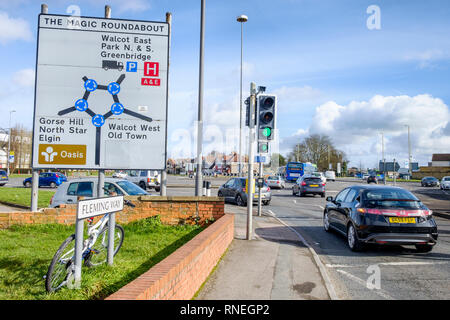 Swindon, Wiltshire, UK. 19th February, 2019. On the day that Honda has confirmed that they will be closing their car factory in the town a Honda car is pictured as it approaches Swindon's famous landmark 'the magic roundabout'.   Credit: Lynchpics/Alamy Live News - Stock Image