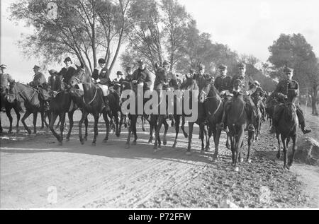 57 Narcyz Witczak-Witaczyński - Bieg św. Huberta w 1 Pułku Strzelców Konnych (107-800-14) - Stock Image