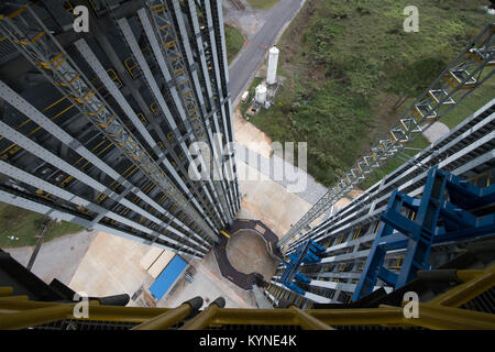 The 215-foot-tall structural test stand for NASA's Space Launch System is seen Sunday, Sept. 24, 2017, at NASA's - Stock Image