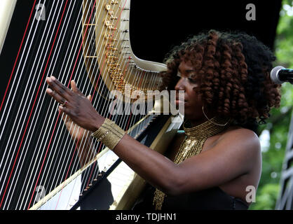 June 15, 2019 - New York City, New York, U.S. - Jazz harpist BRANDEE YOUNGER performs  during the 'Sony Presents Blue Note Jazz Festival' held at SummerStage, Central Park. (Credit Image: © Nancy Kaszerman/ZUMA Wire) - Stock Image