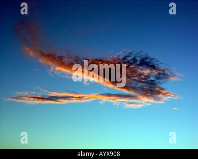Red Sky at Night Shepherds Delight red sunset sunsets cloud clouds dusk sundown evening - Stock Image