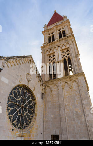 Bell Tower & Rose window, St Lawrence's Cathedral, Trogir, Croatia - Stock Image