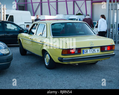 1981Mercedes-Benz 200D (W123). Retro Málaga 2019. Spain. - Stock Image