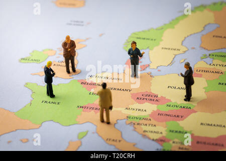 european state and government heads discussion and agreement concept - Stock Image