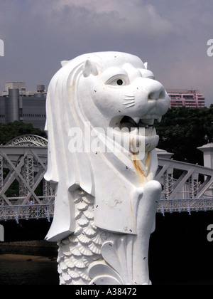 The Merlion Singapore harbour - Stock Image