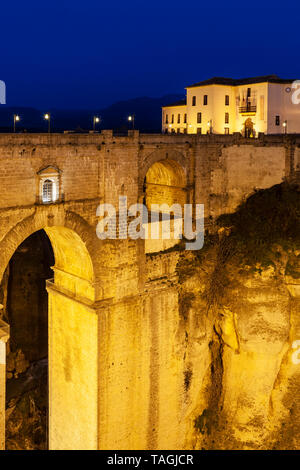 Puente Nuevo (New Bridge) at twilight, Ronda, Spain - Stock Image