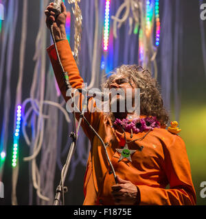 Portsmouth, UK. 29th August 2015. Victorious Festival - Saturday. Wayne Coyne of the Flaming Lips during the headline - Stock Image