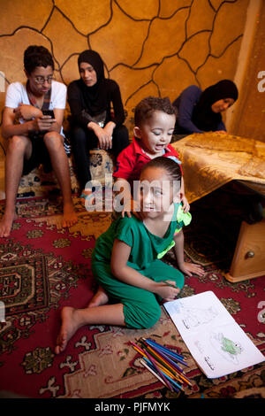 Photo report about the life of Rayan, 8 years-old, palestinian girl in Lebanon, Shatila Camp, Beirut, Lebanon - Stock Image
