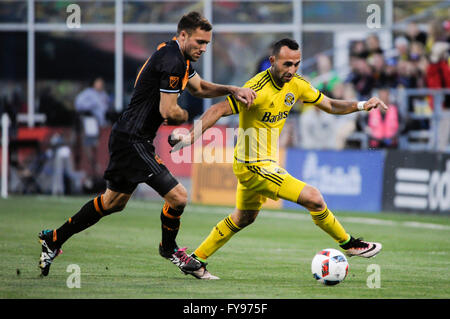 Mapfre stadium, USA. 23rd April, 2016. .Columbus Crew SC forward Justin Meram (9) carrying the ball in the first - Stock Image