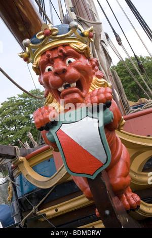 Sculpture, bow, ship, Statenjacht, Utrecht, red , lion - Stock Image