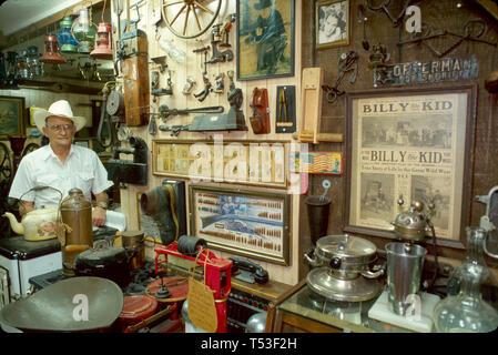 Florida Polk County Auburndale Allen's Historical Cafe historian Carl Allen Florida Cracker lifestyle collectibles - Stock Image
