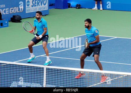 Pune, India. 5th January 2019. Divij Sharan and Rohan Bopanna in action in the doubles finals at Tata Open Maharashtra in Pune, India. - Stock Image