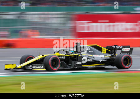 Silverstone Circuit. Northampton, UK. 13th July, 2019. FIA Formula 1 Grand Prix of Britain, Qualification Day; Daniel Ricciardo driving his Renault F1 Team RS19 Credit: Action Plus Sports/Alamy Live News - Stock Image