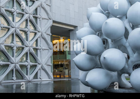 angles of the forecourt at bangkok's museum of contemporary art - Stock Image