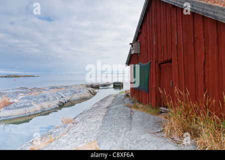Fisherman's hut on the island of Svartloga in the Archipelago of Stockholm, Sweden - Stock Image