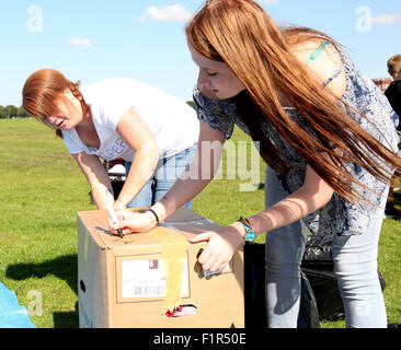 Southsea, Hampshire, UK. 6th September, 2015. We've all seen the horrifying, haunting images borne of the ongoing - Stock Image