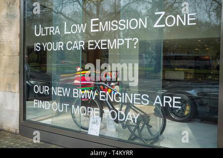 BMW Mini showroom on Park Lane, London advertising the Mini Countryman Plug-In Hybrid - Stock Image