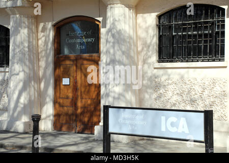London, UK. 18th April 2018. The entrance to the Institute of Contemporary Art (ICA) on The Mall in central London on 18 April 2018 Credit: Dominic Dudley/Alamy Live News - Stock Image