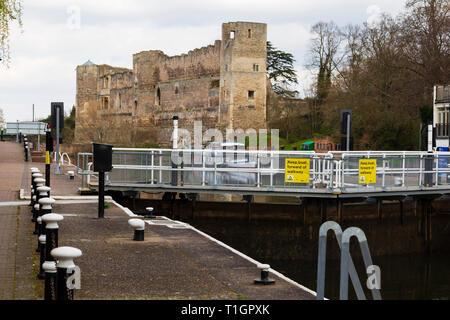 Newark Castle on the River Trent, Newark on Trent, Nottinghamshire, England - Stock Image