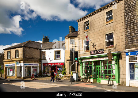 UK, Yorkshire, Settle, Market Place, Skipton Building Society, shops and tea room - Stock Image