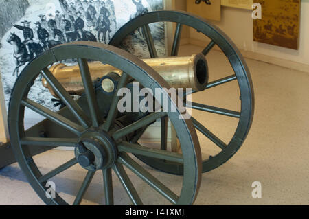 Field cannon at Fort Tejon, protecting the San Joaquin Valley, near Lebec, California. Digital photograph - Stock Image