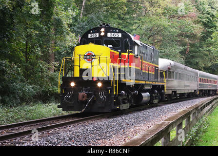 Diesel locomotive ALCOA C420 number CVSR 365. Operated as special event on the Cuyahoga Valley Scenic Railroad. Ohio & Erie Canal Towpath Trail, near  - Stock Image