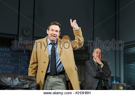 Glengarry Glen Ross by David Mamet, directed by Sam Yates. With Christian Slater as Ricky Roma, Stanley Townsend - Stock Image