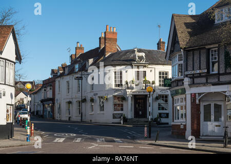 The White Hart Hotel in the small town of Whitchurch in Hampshire, UK - Stock Image