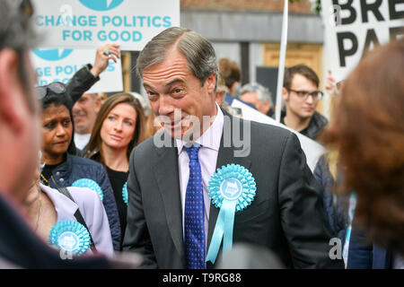 Brexit Party leader Nigel Farage on the campaign trail in Exeter, ahead of this week's European elections. - Stock Image