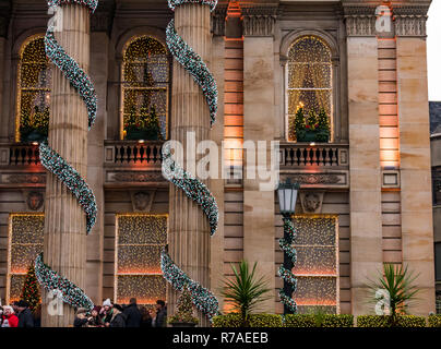 Edinburgh, Scotland, United Kingdom, 08th November 2018. Christmas celebrations: A busy Saturday in the capital city centre. The beautifully decorated grand frontage of The Dome on George Street - Stock Image