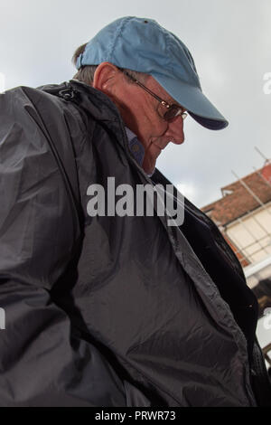 High Wycombe, United Kingdom. 4 October 2018. Father Francis McDermott, 75, from Bideford in Devon, at High Wycombe Magistrates' Court. McDermott is accused of rape and indecent assault of boys and girls. Charges include rape of a girl under 16 as well as gross indecency and indecent assault on boys and girls under the age of 14. Credit: Peter Manning/Alamy Live News - Stock Image