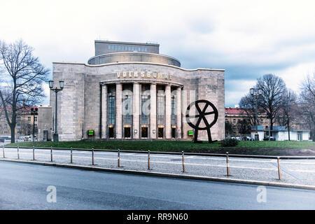 Berlin, Mitte, Rosa-Luxemburg-Platz.Volksbühne peoples theatre exterior facade. Concrete theatre building with columns - Stock Image