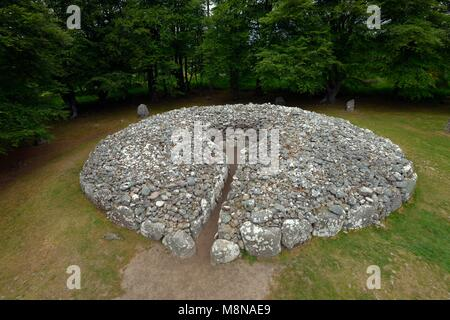 Clava Cairns, Inverness, Scotland. The NE passage grave chambered cairn and stone circle. One of several prehistoric - Stock Image