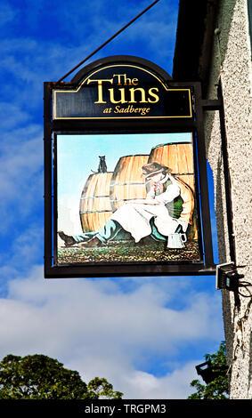 The Tuns Pub Sign, Sadberge, Borough of Darlington, England - Stock Image