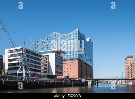 Modern architecture, including the Elbe Philharmonic concert hall, in  Hafencity, Hamburg, Germany. - Stock Image