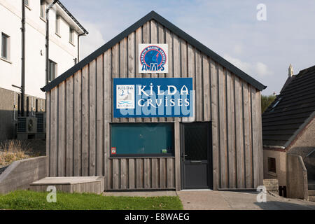 Office of Kilda Cruises and Atlantic Marine Services in Tarbert on the Isle of Harris - Stock Image