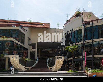Entrance to The Heritage Walk Shopping Mall a new large shopping area of  Siem Reap resort town in Northwest Cambodia Asia - Stock Image