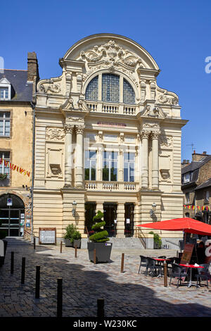 Exterior front of the Victor Hugo theatre in Fougères, Brittany, France - Stock Image