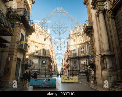 The baroque square of 'Quattro Canti'  (officially Piazza Vigliena), in the City of Palermo, Sicily, Italy - Stock Image