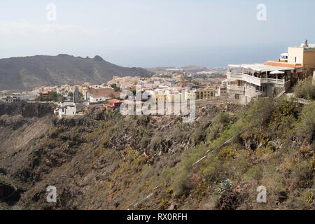 View of the old town of Adeje seen from the Barranco del Infierno, Adeje, Tenerife, Canary Islands - Stock Image